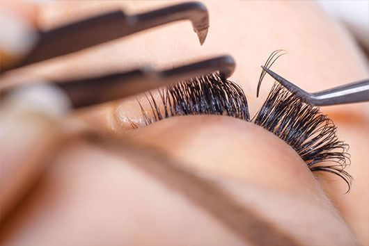 Picture of Volume Eyelash Certificate Training